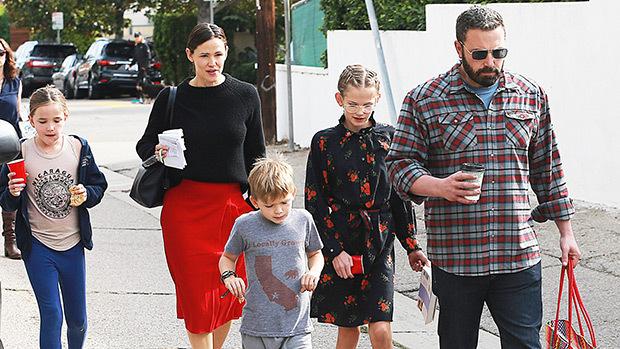 جنيفر وبن وأولادهما